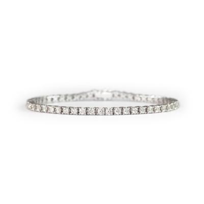 LAVERA  Diamond Bracelet HB54001/54GM