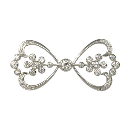 LAVERA Diamond Brooch
