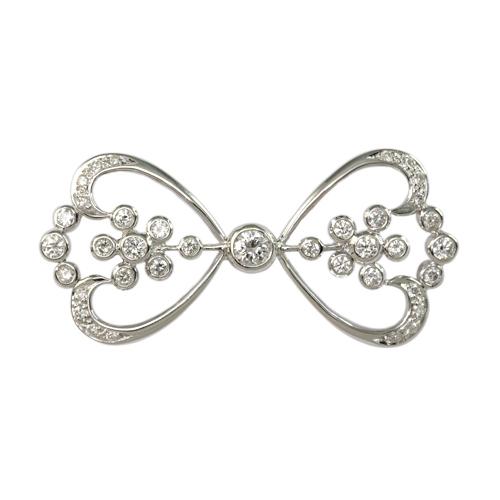 LAVERA Diamond Brooch