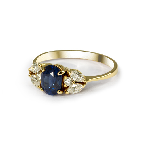 LAVERA Blue Sapphire and Diamond Ring HR00095/38GM