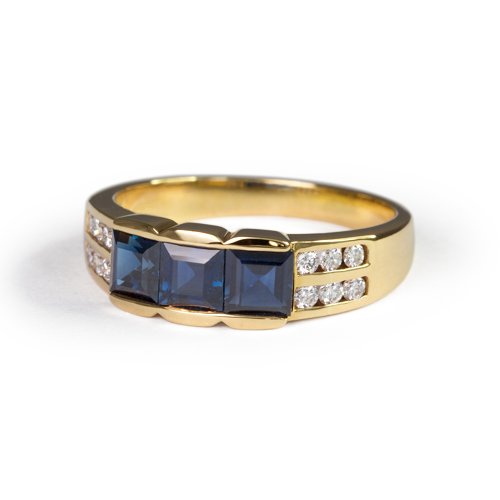 LAVERA Blue Sapphire and Diamond Ring HR00135/38GM