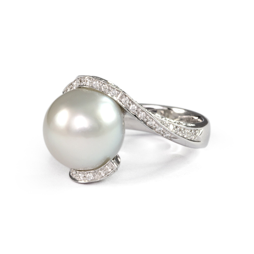 LAVERA Pearl and Diamond Ring HR49018/49GM