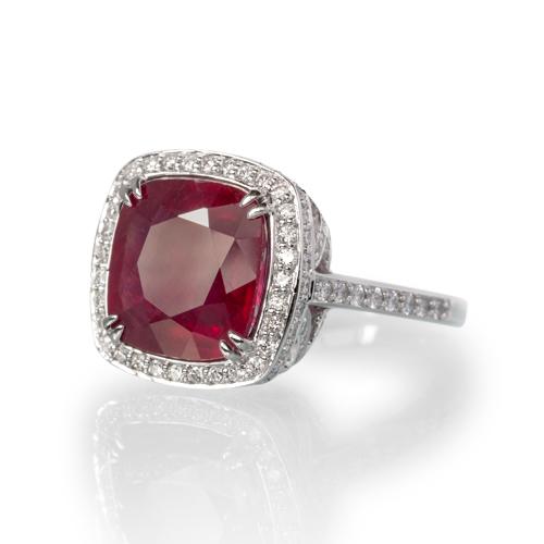 LAVERA Ruby and Diamond Ring
