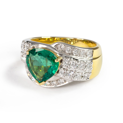 LAVERA Emerald and Diamond Ring HR00370/38GM